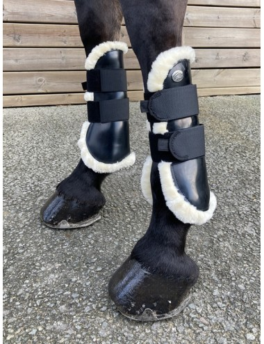 Para Black Synthetic Sheepskin Boots