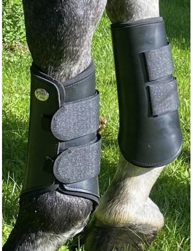 Closed Black Para Boots